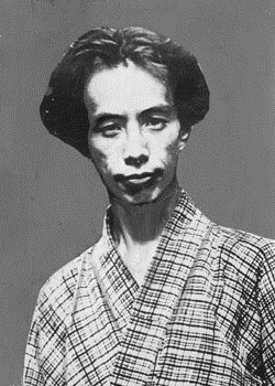 http://images6.fanpop.com/image/photos/32400000/Ry-nosuke-Akutagawa-1-March-1892-24-July-1927-celebrities-who-died-young-32431700-250-371.jpg
